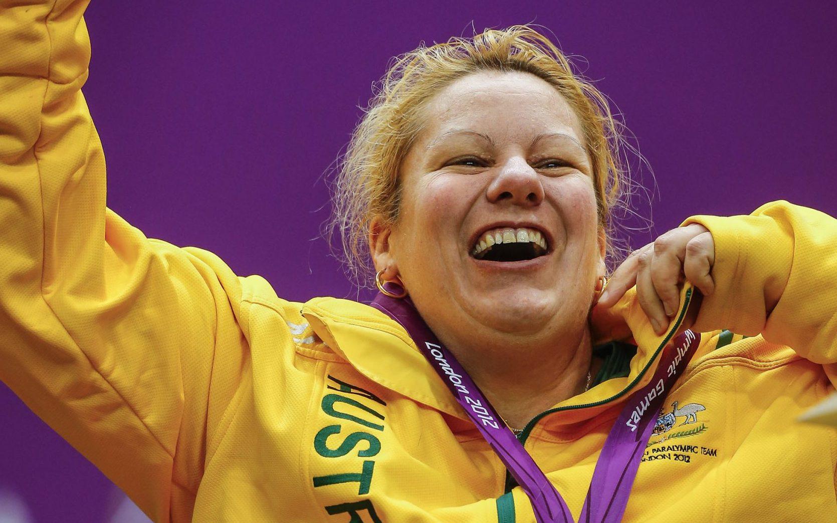 Smith surges towards Rio