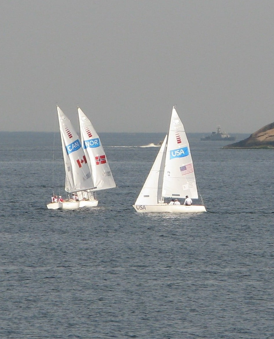 Wind delays all three sailing crews