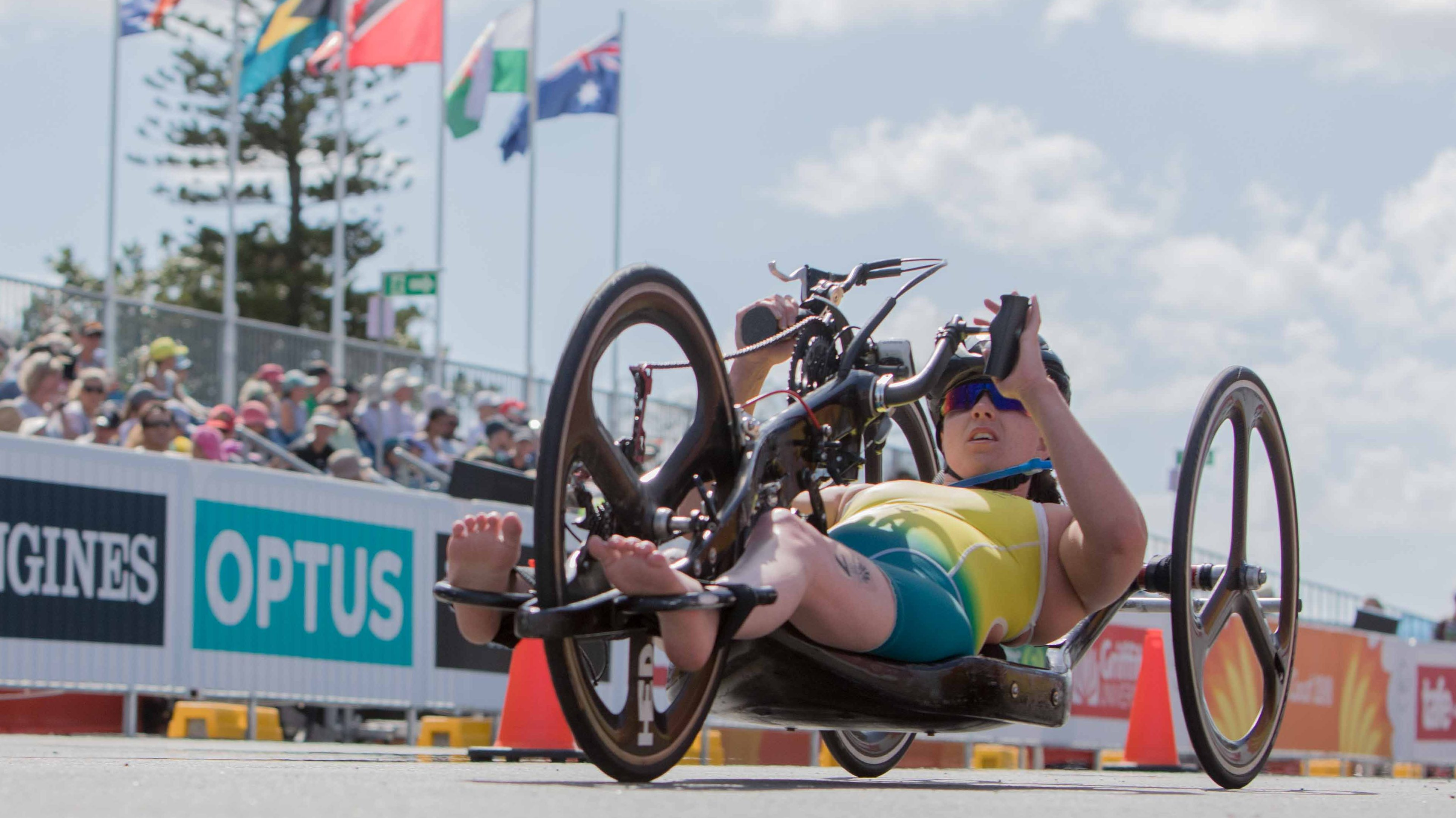 Aussie Para-triathletes thrill home crowd