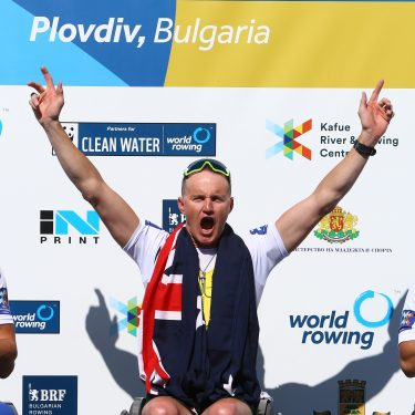 Horrie wins his fifth World Championship title