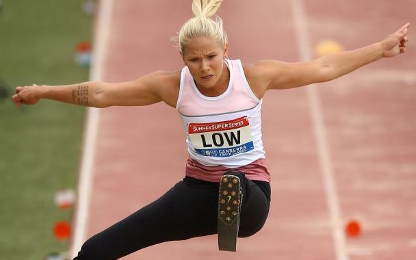 Low returns to Grand Prix in style