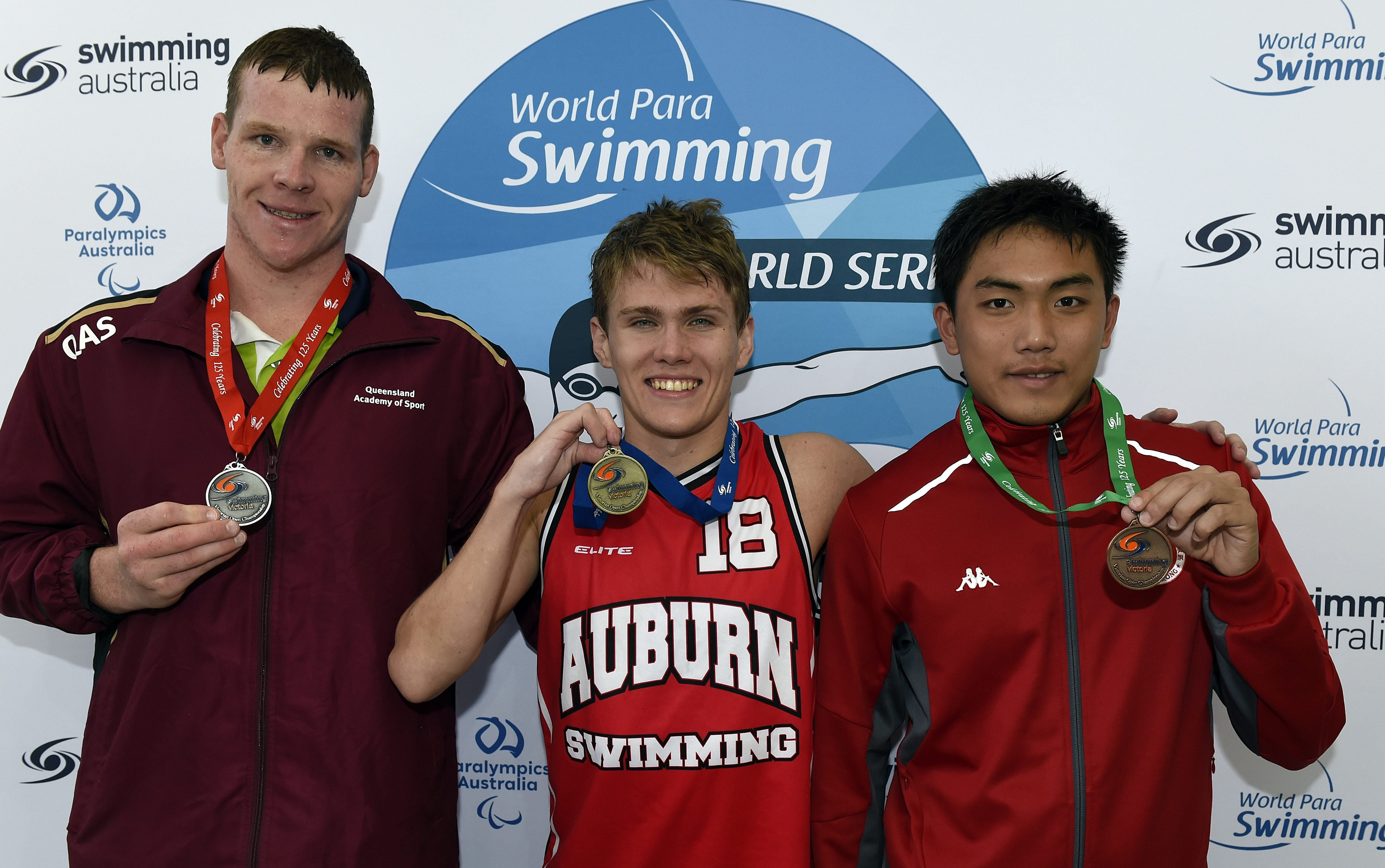 Flurry of medals on final night of World Series