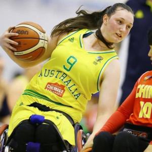 Female wheelchair basketball player
