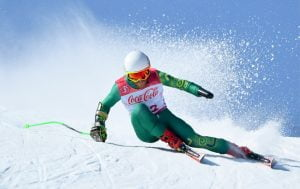 Male Para-skier competing