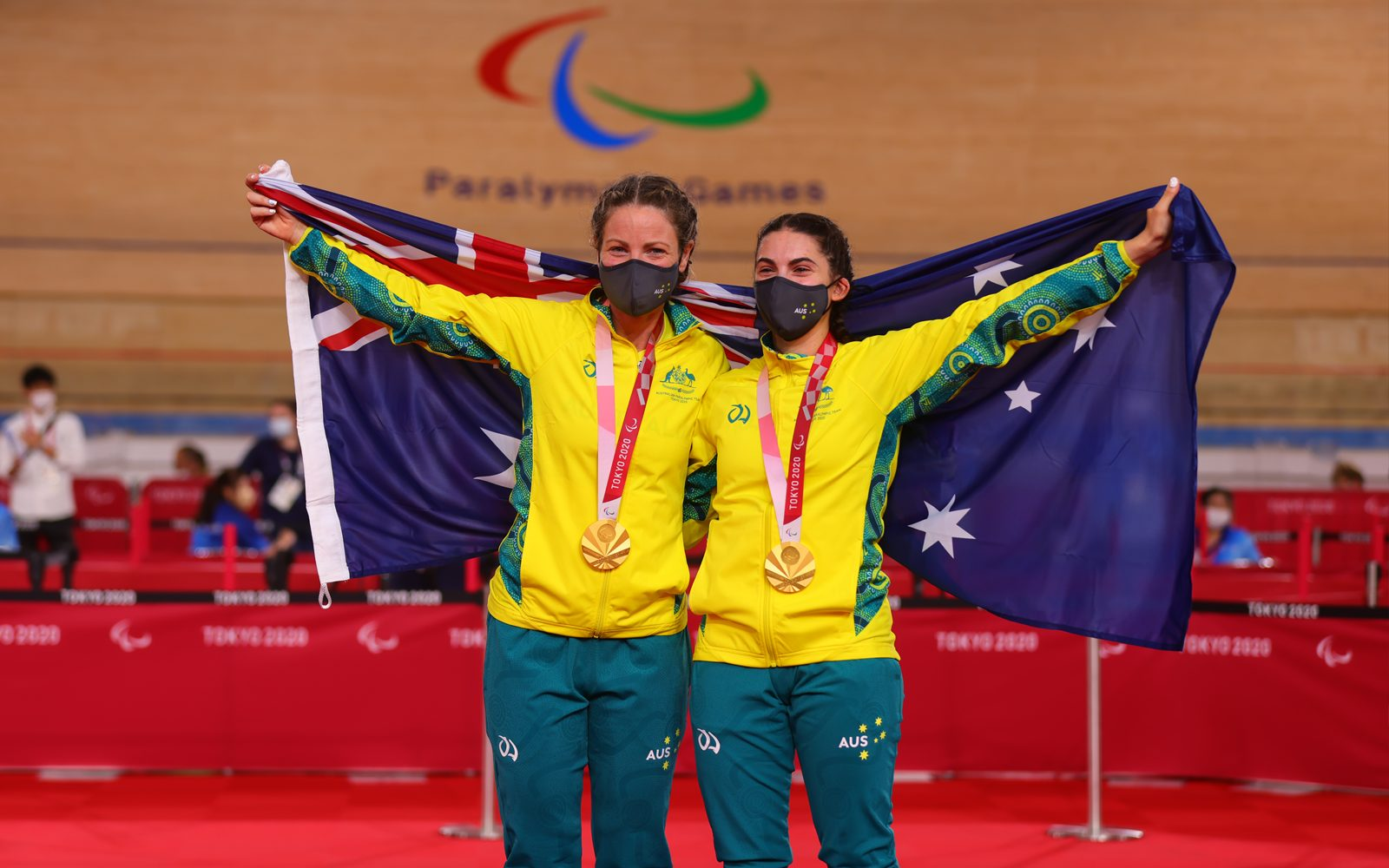 Cycling golden double kicks off Aussie medal count