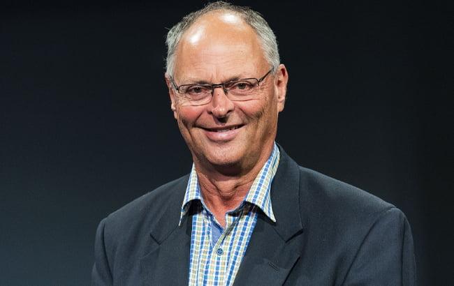 Headshot of Australian sports administrator Peter Conde